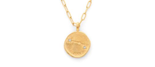 collier avec médaille astrologique