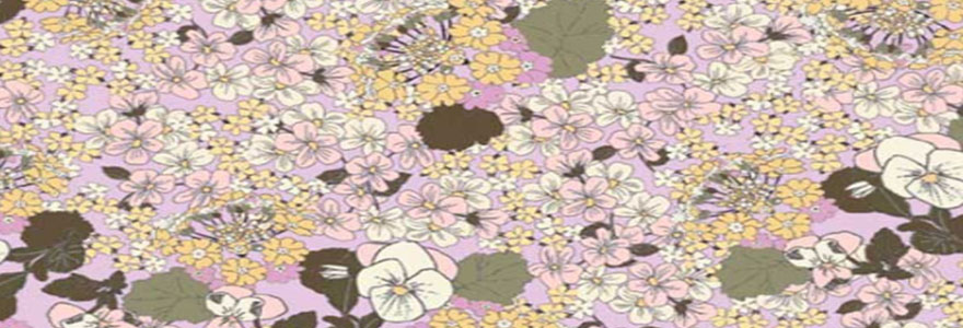 Tissus d'ameublement à motif floral